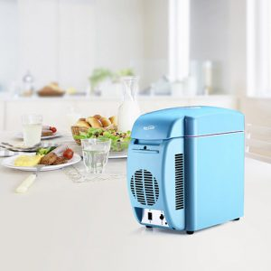 Housmile Thermo-Electric 12V CoolerWarmer Portable Car Refrigerator Personal Mini Fridge-7L Capacity